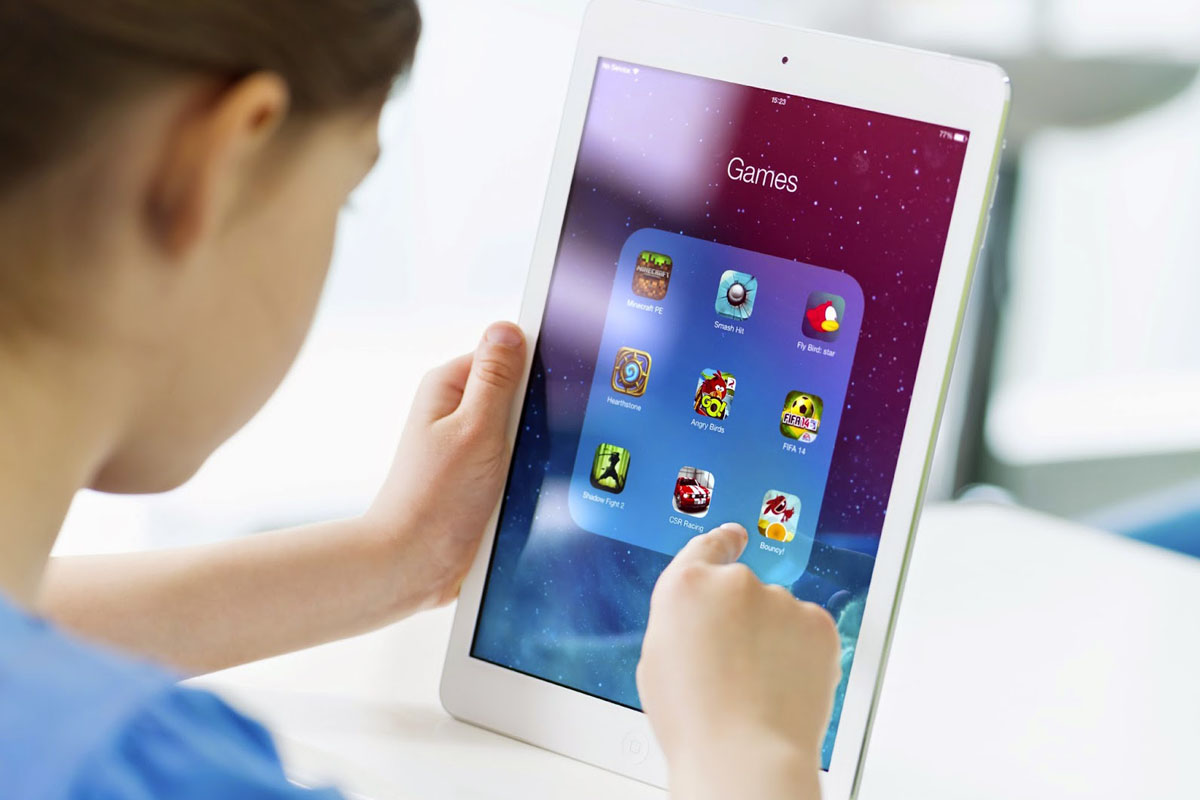 Think Twice Before Letting Your Child Have An iPad